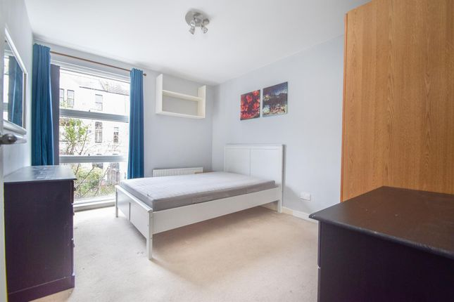 Bedroom of Albion Road, London N16