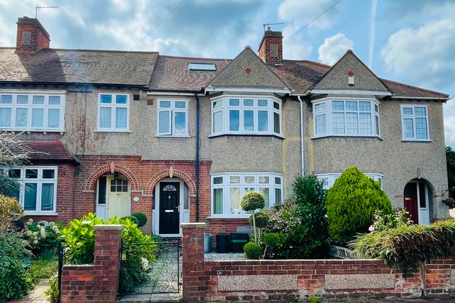 Thumbnail Terraced house for sale in Linden Leas, West Wickham