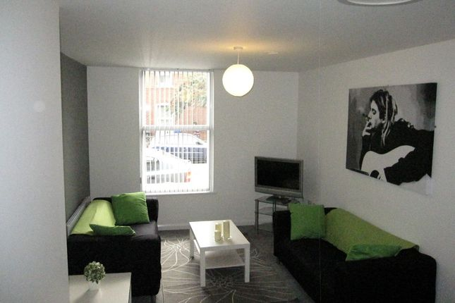 Thumbnail Flat to rent in Lancing Road, Sheffield