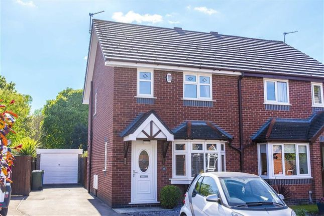 Thumbnail Property to rent in Brooklands Avenue, Leigh, Lancashire