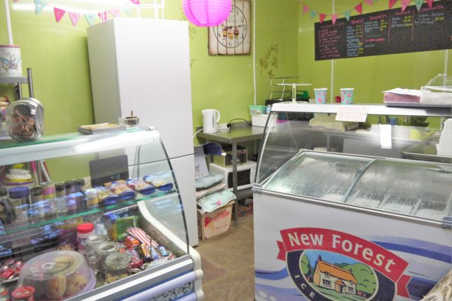 Commercial property for sale in Vacant Unit BD22, Haworth, West Yorkshire
