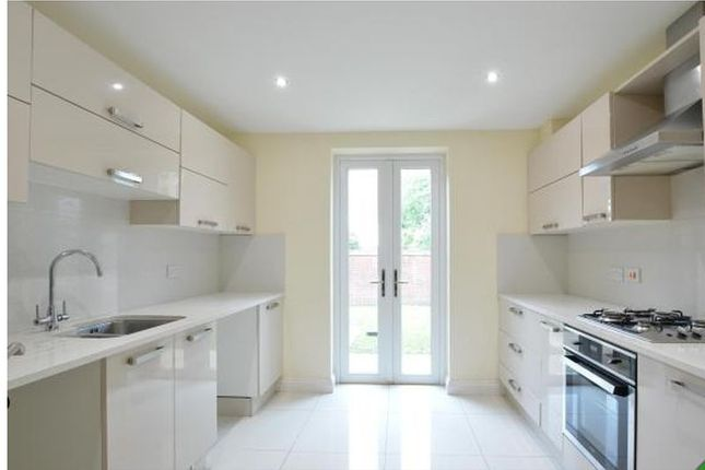 Thumbnail Property to rent in Vickers Close, Bolton
