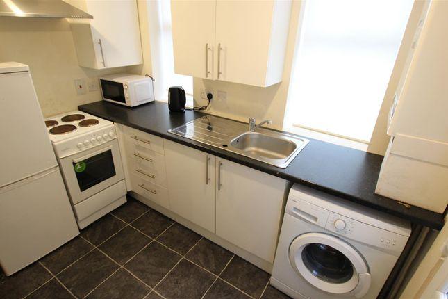Kitchen of Holytown Road, Bellshill ML4