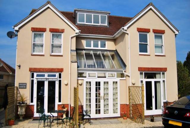 Thumbnail Flat to rent in Chelsie House, 104 West Way, Botley