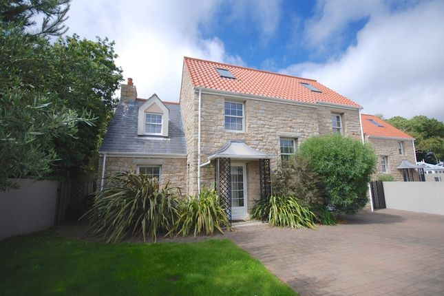 Thumbnail Detached house to rent in Le Chene, Forest, Guernsey
