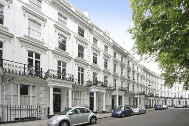 2 bed flat for sale in Westbourne Gardens, London