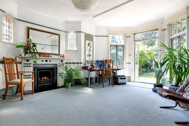 Thumbnail Property for sale in Fox Lane, London