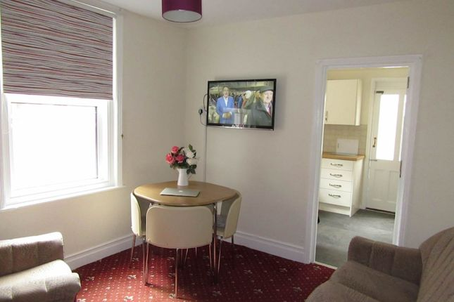 Lounge of Priory Road, Exeter EX4