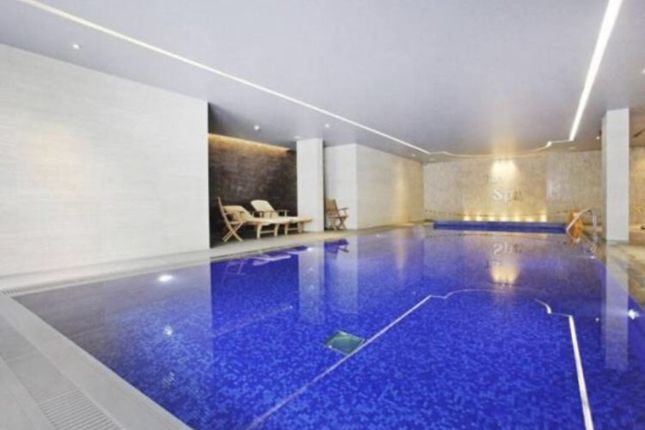 Swimming Pool of Aerodrome Road, London NW9