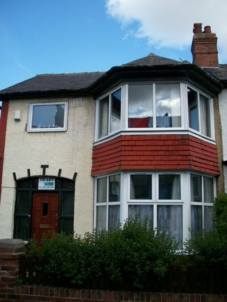 Terraced house to rent in Walmsley Road, Hyde Park, Leeds