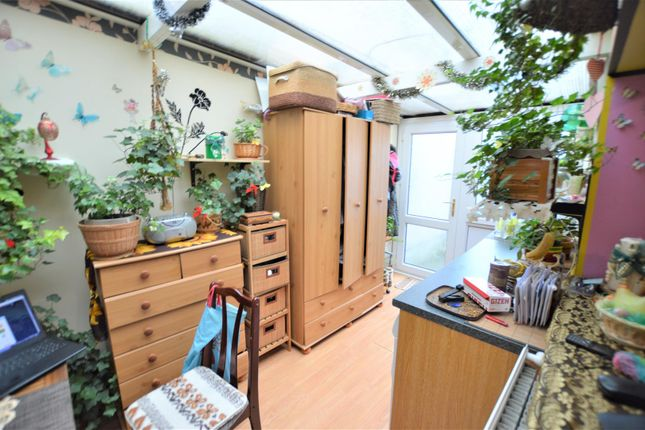 Sunroom of Dolau Fawr, Llanelli SA15