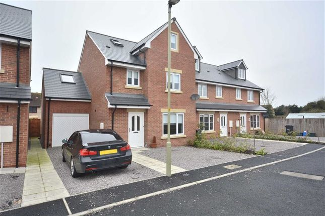 Thumbnail Detached house for sale in Yew Tree Close, Quedgeley, Gloucester