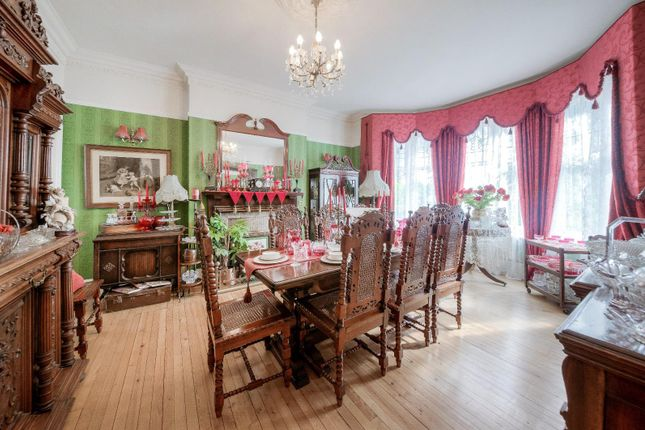Dining Room of St. Georges Avenue, Northampton NN2