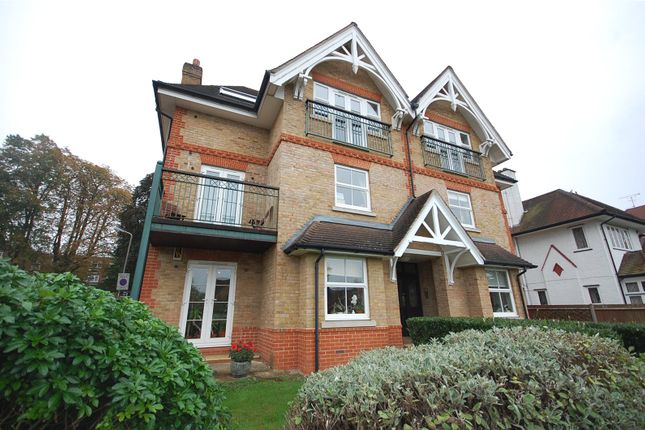 Picture No. 07 of Golda Court, St. Mary's Avenue, Finchley N3