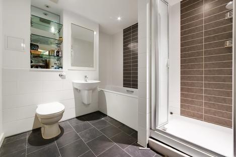 Bathroom of East Dulwich Road, London SE22