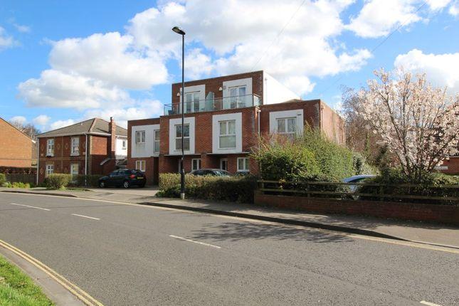 Thumbnail Property for sale in Weston Lane, Southampton