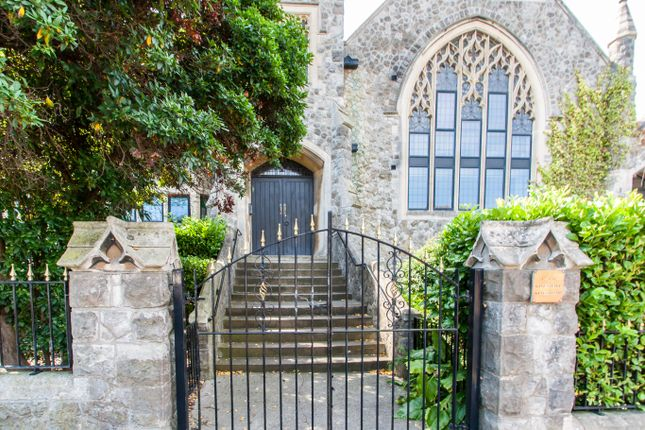 1 bed flat for sale in Kings Hall, Kings Road, Westcliff-On-Sea