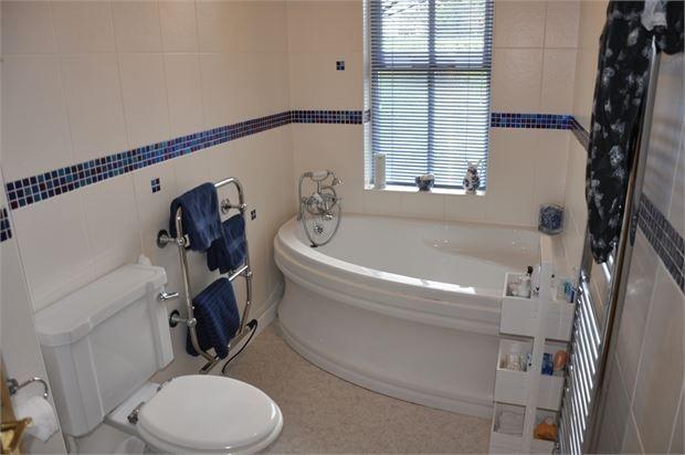 Bathroom of West Lodge, West Side, Newton Hall, Newton NE43