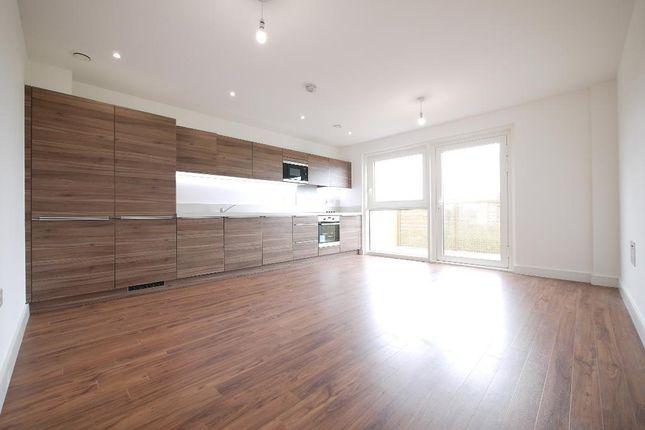Thumbnail Flat to rent in Yeoman Street, Surrey Quays