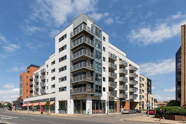 Thumbnail Flat to rent in Stanley Road, Wimbledon