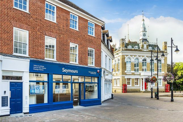 Thumbnail Flat for sale in Staines Upon Thames, Surrey