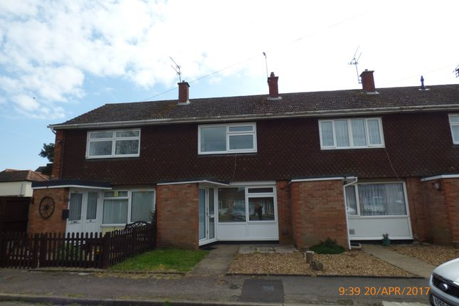 Thumbnail Terraced house to rent in Garden Close, Bungay