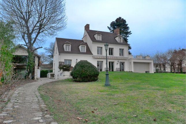 Thumbnail Property for sale in Île-De-France, Seine-Et-Marne, Chaumes En Brie