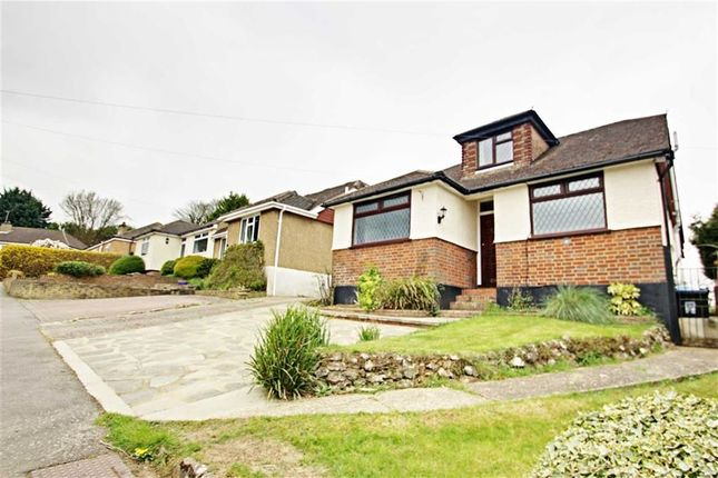 Thumbnail Detached house for sale in Abbots View, Kings Langley