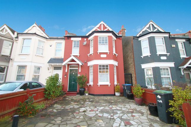 Thumbnail End terrace house to rent in Hoppers Road, Winchmore Hill