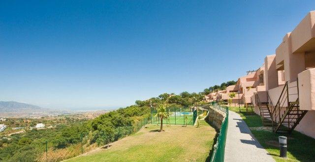 View Of Complex of Spain, Málaga, Marbella, La Mairena