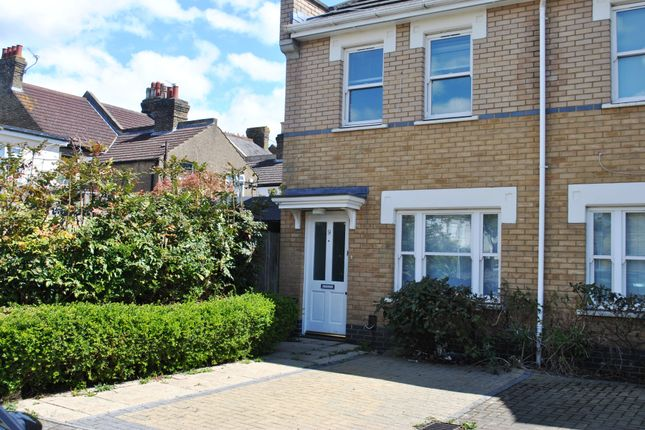 3 bed semi-detached house to rent in Marlborough Road, Bromley BR2