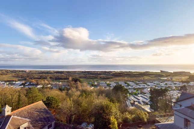 Thumbnail Flat for sale in The Apartments, Pendine Manor, Carmarthen