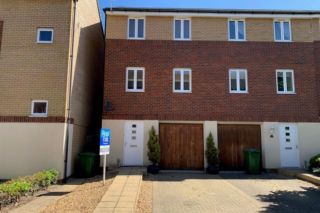 Thumbnail Town house to rent in Osier Avenue, Hampton Centre, Peterborough