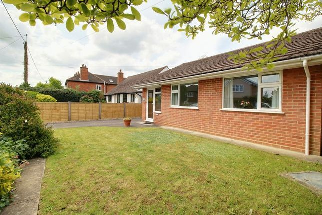 Thumbnail Detached bungalow to rent in Baskerville Road, Sonning Common, Reading