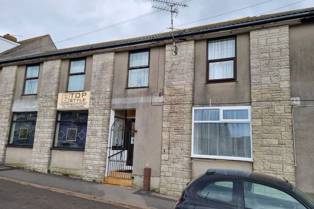 2 bed flat for sale in Weston Road, Portland, Dorset DT5