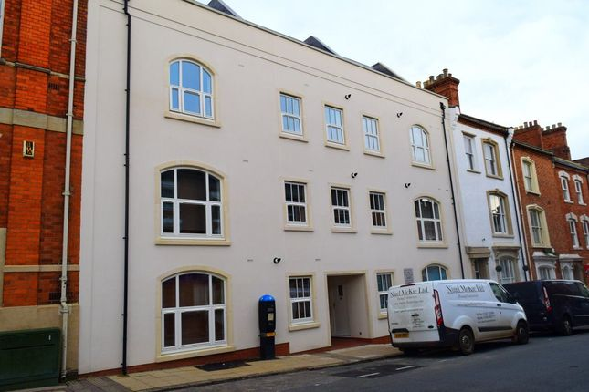 Thumbnail Flat to rent in Hazelwood Road, Northampton