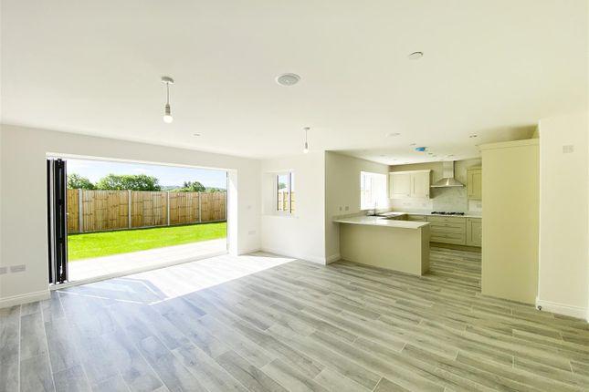 Richardson-12 of Wilford Lane, West Bridgford, Nottingham NG2