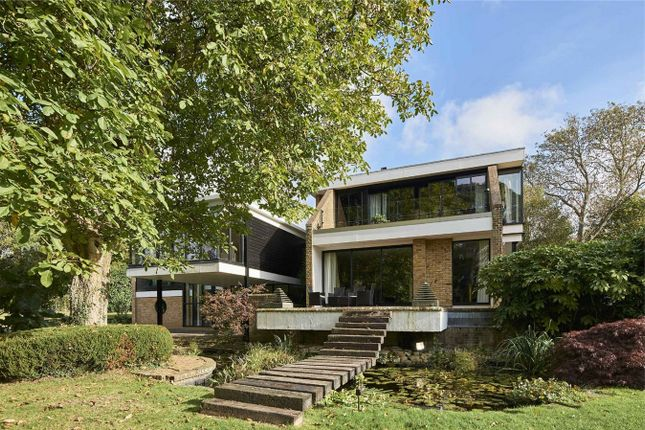Thumbnail Detached house for sale in Lewes Road, East Grinstead