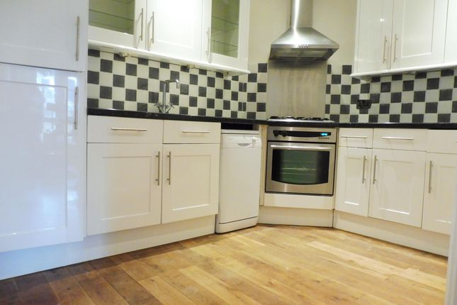 Thumbnail Property to rent in Beach Road, Paignton