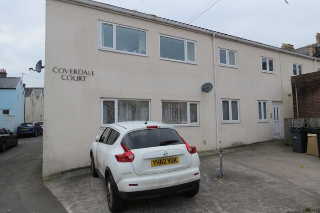 2 bed flat to rent in Coverdale Road, Paignton