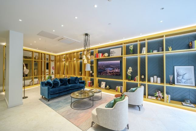 Thumbnail Town house for sale in Woodberry Down, London