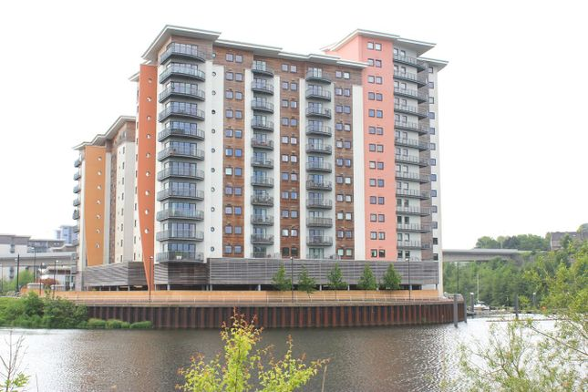 Thumbnail Flat to rent in Watkiss Way, Cardiff