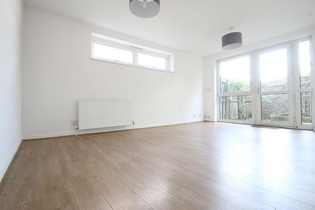 Thumbnail Flat to rent in Ormanton Road, London