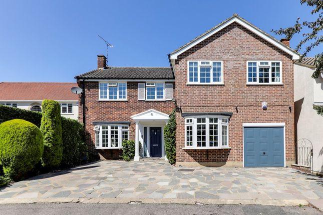 5 bed detached house for sale in Howfield Green, Hoddesdon EN11