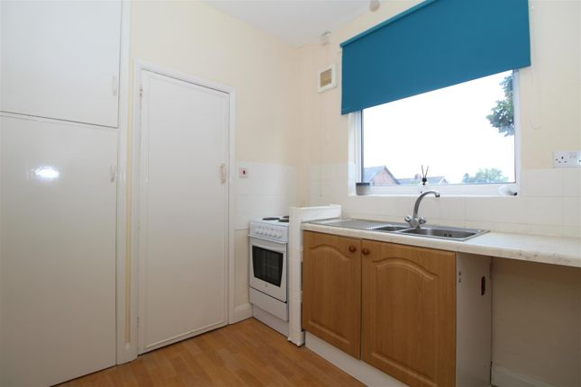 Kitchen of Glanville Avenue, Scunthorpe DN17