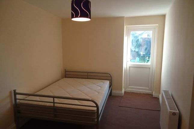 Thumbnail Studio to rent in Carmelite Road (Studio), Harrow, Middlesex
