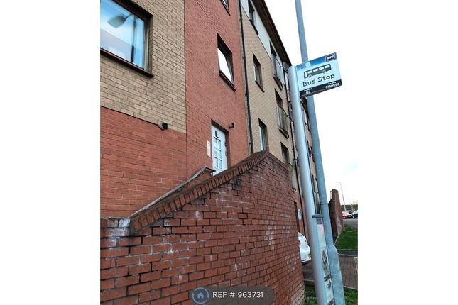 2 bed flat to rent in Cathcart Road, Rutherglen, Glasgow G73