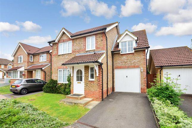 Thumbnail Detached house for sale in Beatrice Hills Close, Kennington, Ashford, Kent