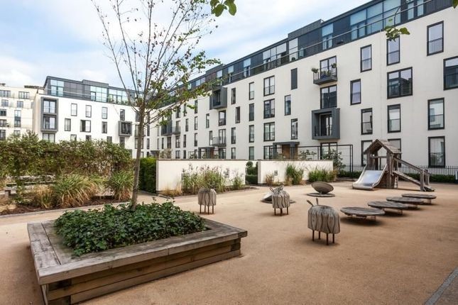 2 bed flat to rent in Palladian, Victoria Bridge Road, Bath BA2
