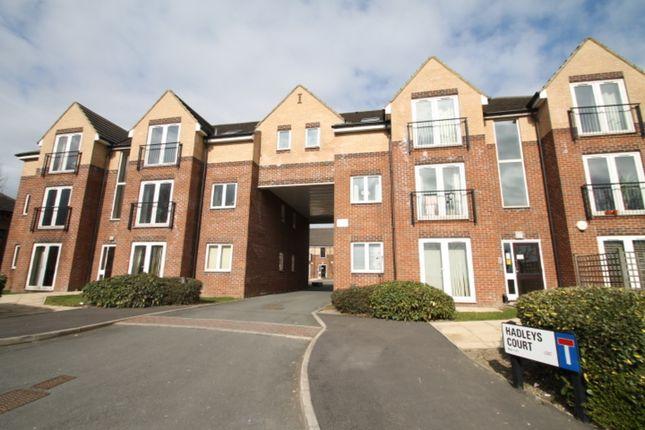 2 bed flat to rent in Gelderd Road, Gildersome, Morley, Leeds